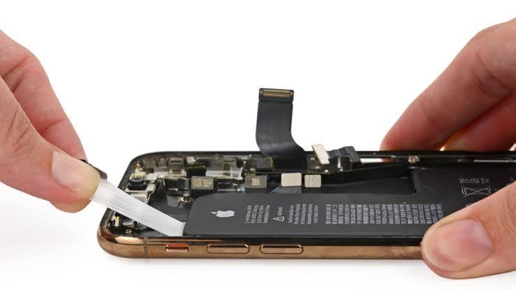iPhone, iPad, Apple Watch ค่าบริการซ่อมศูนย์